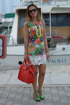 abitino bordo in pizzo, stampa floreale tropical, borsa Longchamp arancio, Fashion and Cookies