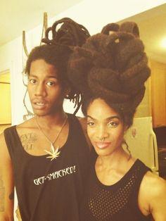 Organic Dreads I want her hair. I want it man. Dreadlock Hairstyles, Cool Hairstyles, Baddie Hairstyles, Natural Hair Care, Natural Hair Styles, Freeform Dreads, Hair Afro, Beautiful Dreadlocks, Dreads Styles