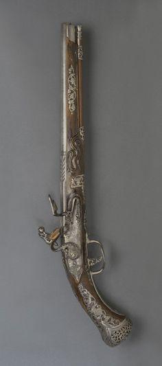 Flintlock Pistol -   Locks made by Diomede Adventi, Italian (active Brescia), c. 1680 - c. 1730. Barrel made by Lazarino Cominazzo III, Italian (Brescia), died 1696. Date: c. 1685.