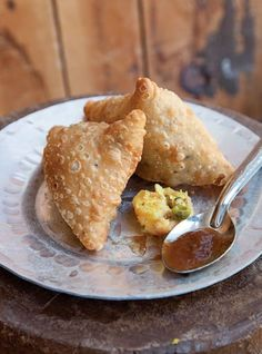 Samosas (Potato Dumplings with Tamarind Chutney)