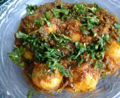 """Chaat waale Dum Aloo You have heard about Kashmiri Aloo Dum, you have heard of Bengali Alur Dum and now presenting AP's """"Chaat waale Dum Aloo """"!!…typically available as a part of chaat in Uttar Pradesh When AP posted the photo on the group and said """"Bestest Dum Aloo ever"""" the demands for recipe started…"""
