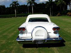 '58 Pontiac Bonneville Chieftain Convertible