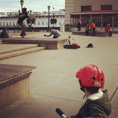 Skateboard watching #sundaystreets #sanfrancisco #embarcadero