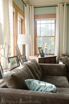 Living room with henny rand curtains