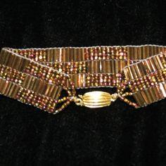 Telar hecho a mano con cuentas Vintage Bugle por ninaclairedesigns