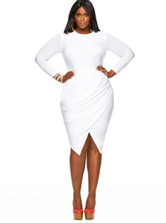 Def sexy! This dress is def showing the world that she has a flawless curvy body and she will rock it! Love it