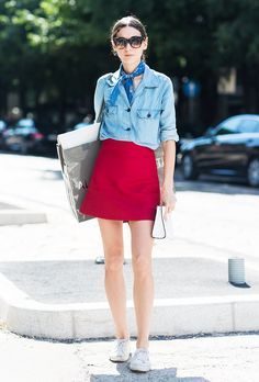 closet ideas fashion outfit style apparel Red Skirt and Sneakers Fashion Me Now, Fast Fashion, Look Fashion, Fashion Outfits, Fashion Trends, Timeless Fashion, Fashion Styles, Red Skirts, Mini Skirts