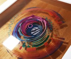 3D painting: Layered Resin and Acrylic Paint Great idea to make a coffee table using this technique.
