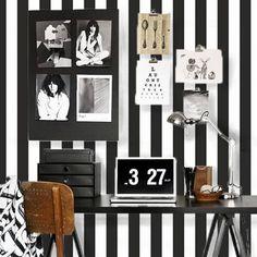 Papel de parede listrado preto e branco 002