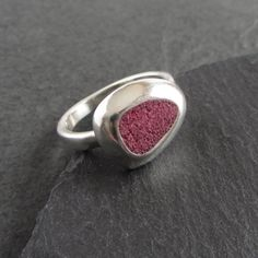 Sterling silver rounded triangle concrete ring in red / cement ring / statement ring / minimalist / modern / concrete jewelry Concrete Ring, Concrete Jewelry, Armor Ring, Gold Bar Necklace, Rustic Jewelry, Jewelry Polishing Cloth, Handmade Jewellery, Silver Rounds, Gold Pendant