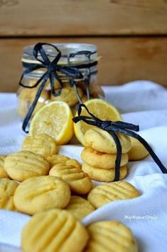 My Home Style: Citronové sušenky Homemade Desserts, Sweet Desserts, Sweet Recipes, Baking Recipes, Dessert Recipes, Cake Recipes, Christmas Sweets, Christmas Baking, Cooking Cookies