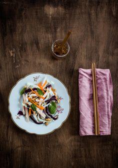 ensalada vietnamita, ensalada, salad, col china, chinese cabbage, wusthof, kinfe, cocina saludable, receta sana, receta vietnamita, cocina asiática, fotografía culinaria, food styling, food stylist