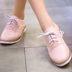British Style Round Toe Lace Up Flat Heel Shoes