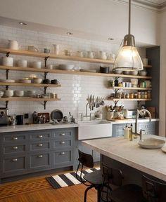 The kitchen that is top-notch white kitchen , modern kitchen , kitchen design ideas! Kitchen Ikea, Kitchen Shelves, Kitchen And Bath, Kitchen Dining, Kitchen Decor, Kitchens With Open Shelving, Open Cabinets In Kitchen, Kitchen Drawers, Cheap Kitchen