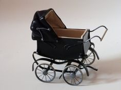 Handmade pram by by RobersonMiniatures Black Double Bed, Dolls House Shop, Prams And Pushchairs, Dolls Prams, Baby Buggy, Baby Prams, Baby Carriage, Black Bedding, Tricycle