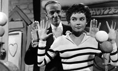 Fred Astaire and Leslie Caron ❤❤❤