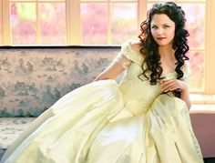Confessions of a Seamstress: The Costumes of Once Upon a Time - Snow White in a beautiful white gown