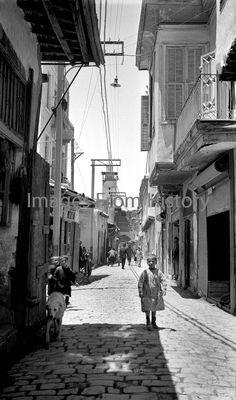 Manhattan New York, Alleyway, New York Street, Historical Pictures, Beach Scenes, Beirut, City Streets, Damascus, Syria