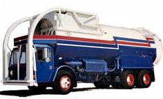 1985 CCC Crane Carrier Garbage Truck