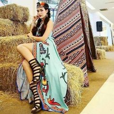 One of the most sizzling patterns is Bohemian style. What we like such a great amount about it is that it's streaming and simple yet additionally restless and… Boho Chic, Bohemian Style, Bohemian Clothing, Fashion Art, Boho Fashion, Long Shrug, Short Frocks, Frock Dress, Moda Boho