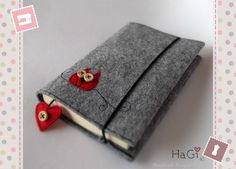 """Cute and Practical Felt Book Cover """"Red Wise Owl"""". €19,80, via Etsy."""