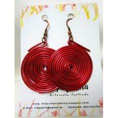 Pendientes de aluminio rojo con forma de espiral
