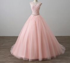 Resultado de imagen para sacos deportivos femeninos rosados Ideas Para, Ball Gowns, Formal Dresses, Fashion, Sacks, Fiestas, Spring, Feminine, Ballroom Gowns