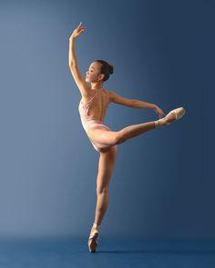 "123 mentions J'aime, 1 commentaires - Joe  Lyman (@lymandvmphoto) sur Instagram: ""Happy Birthday to a dancer I miss very much, @takara_christine! . . . #ballet #ballerina #dance…"""