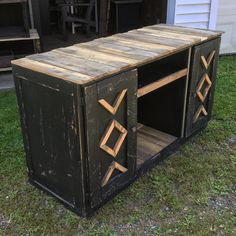 Cabinet #palletfurniture #reclaimedwoodfurniture #reclaimed #pittsburgh #cabinet #mediacenter #tvstand Reclaimed Wood Furniture, Pallet Furniture, Media Center, Pittsburgh, Consoles, Storage Chest, Islands, Rustic, Cabinet