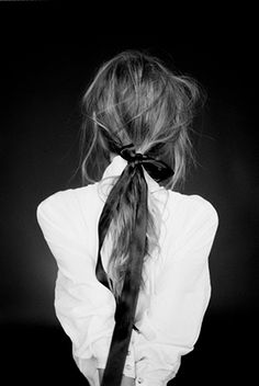 messy ponytail with black ribbon Hair Inspo, Hair Inspiration, Inspo Cheveux, Good Hair Day, Hairbows, Looks Style, Messy Hairstyles, Gorgeous Hair, Hair Looks