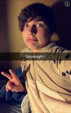 He's wearing a onesie! Colby Brock Snapchat, Crank That Frank, Sam And Colby, Emo Boys, Trap, Man Crush, Future Husband, Cute Boys, Youtubers