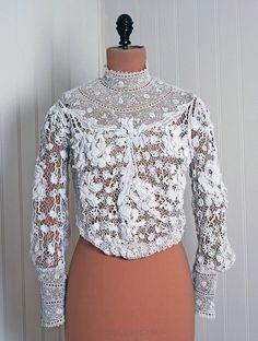 Handmade Irish Crochet Lace.  Vintage 1910.  .