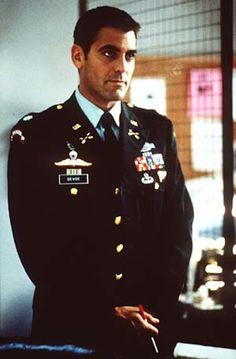 George Clooney (Lt. col. Thomas Devoe dans ie pacificateur / The Peacemaker)