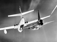 Air Force Aircraft, Navy Aircraft, Military Aircraft, Fighter Pilot, Fighter Jets, Vickers Valiant, V Force, Avro Vulcan, Old Planes