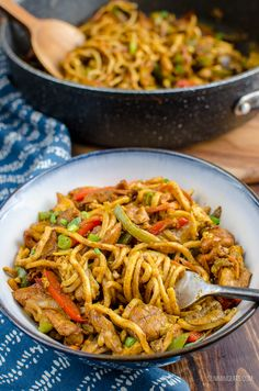 Easy Health Care offers professional health care tips and support and health care products Slimming World Noodles, Slimming World Dinners, Slimming World Recipes Syn Free, Slimming World Diet, Slimming Eats, Slow Cooker Recipes, Cooking Recipes, Meal Recipes, Recipies
