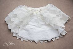 How to make this lace caplet for a little girl - very clever and adorable.