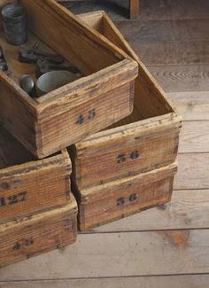 numbers and wooden boxes = loveliness!