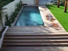 Ipe wooden swimming pool surround in Marseille for an architect& house - - . - Surrounding wooden Ipe pool in Marseille for an architect& house – – Patrice Meynier - Swiming Pool, Small Swimming Pools, Above Ground Swimming Pools, Swimming Pools Backyard, Swimming Pool Designs, In Ground Pools, Backyard Landscaping, Small Pools, Landscaping Ideas