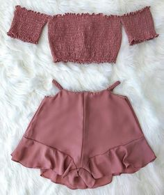 Pin on Trendy outfits Teenage Girl Outfits, Teen Fashion Outfits, Swag Outfits, Girly Outfits, Mode Outfits, Outfits For Teens, Pretty Outfits, Casual Outfits, Red Fashion