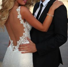 lace backless wedding dress