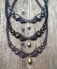 Macrame Elven Moon necklace boho jewelry por creationsmariposa