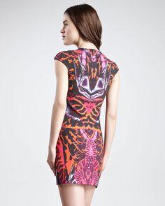 MCQ BY ALEXANDER MCQUEEN Red Kaleidoscope Print Cap-Sleeve Sheath Dress Terracotta-Pink