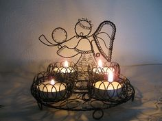 Wire Art, Arts And Crafts, Table Lamp, Chandelier, Ceiling Lights, Crafty, Cool Stuff, Lighting, Christmas