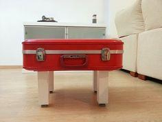 DIY: Una maleta convertida en mesa de centro