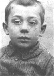 Pablo Picasso Photo Star, Young Celebrities, Celebs, Precious Children, Pablo Picasso, Antique Photos, Interesting Faces, Famous Faces, Famous Artists