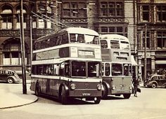 Nottingham trolleybuses at the King Street/Queen Street terminus in London Transport, Public Transport, Old Pictures, Old Photos, Nottingham City, Walsall, Good Old Times, Bus Coach, Train Station