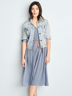 Split-neck midi dress Product Image