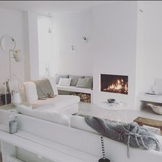All white living room. Living Room Interior, Home Living Room, Living Room Designs, Living Room Decor, Living Spaces, Casa Top, Home Fireplace, Living Room Inspiration, Home Fashion