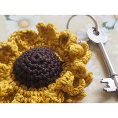 Allover yarn: Sunflower Key Keeper