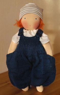 Puppen - Anleitung für Puppen-Stricklatzhose Ole mit Tas... - ein Designerstück von Mariengold bei DaWanda